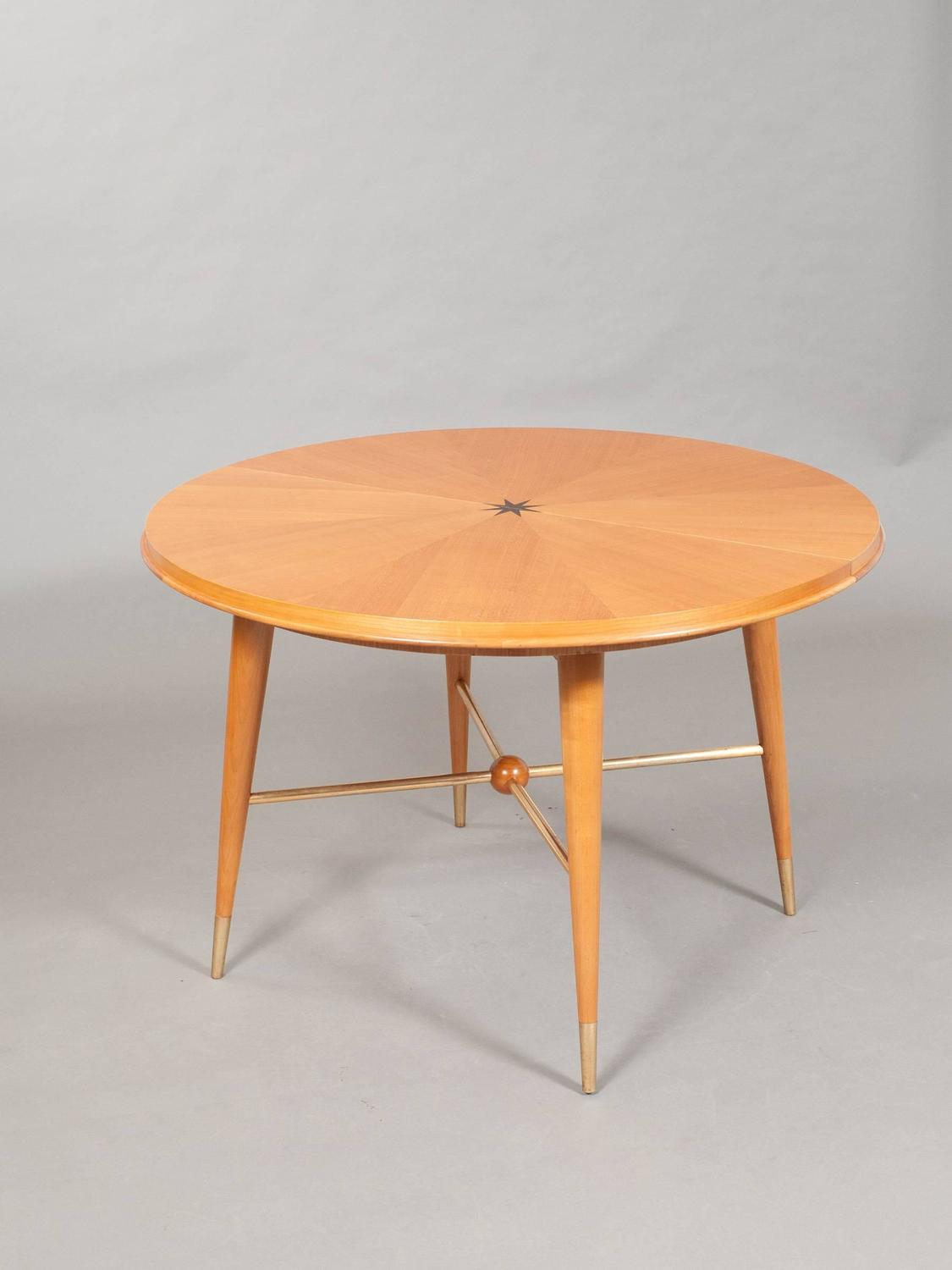 Italian Modern Dining Table For Sale at 1stdibs
