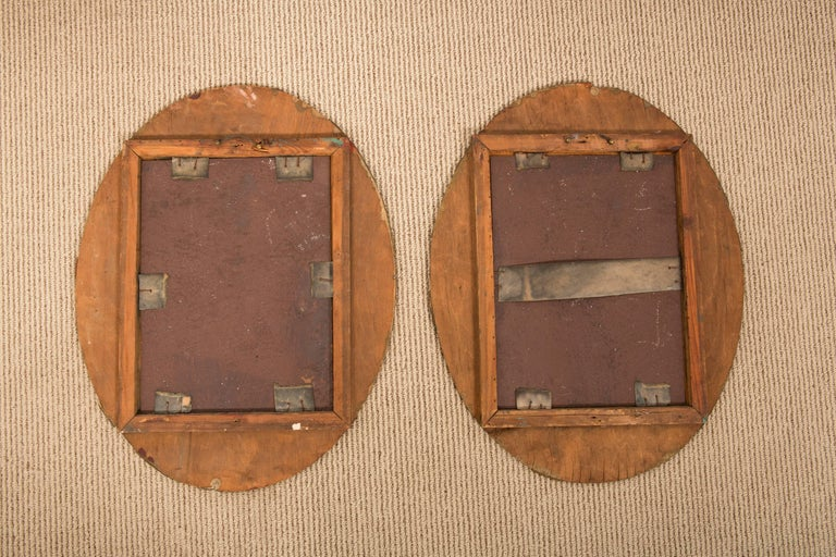 Pair of 19th-Century Antique Oval Mirrors For Sale 5