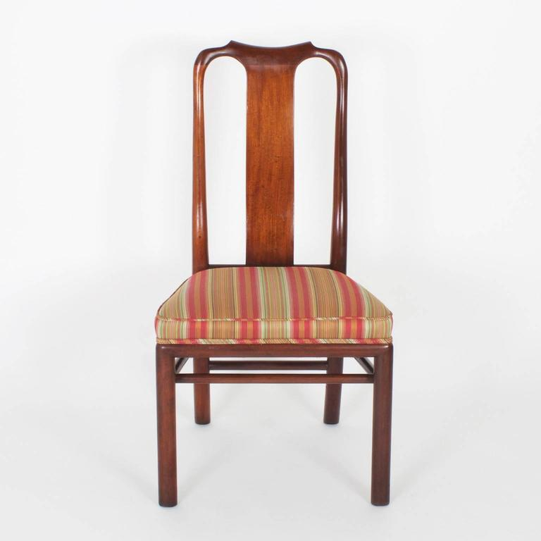 20th Century Vintage Set of 18 Modern Asian Queen Anne Dining Chairs For Sale