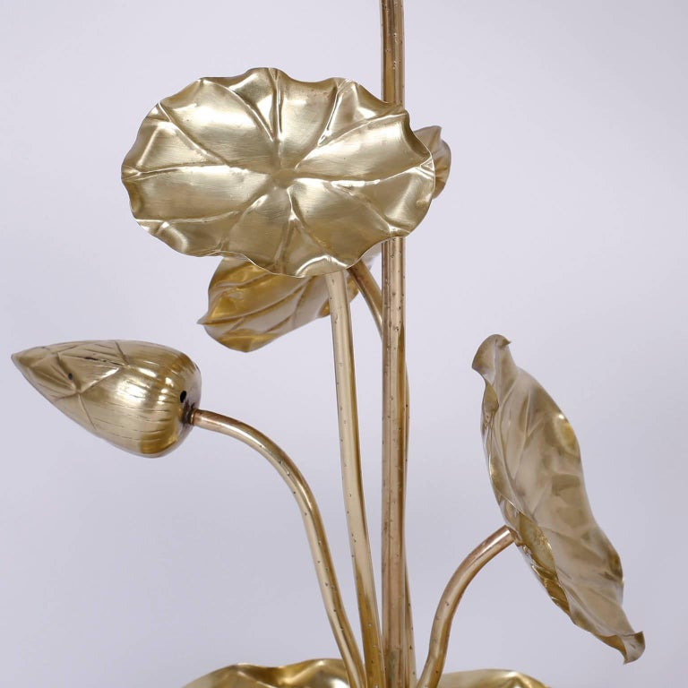Mid-Century Modern Tropical Brass Lotus Flower Table Lamp For Sale