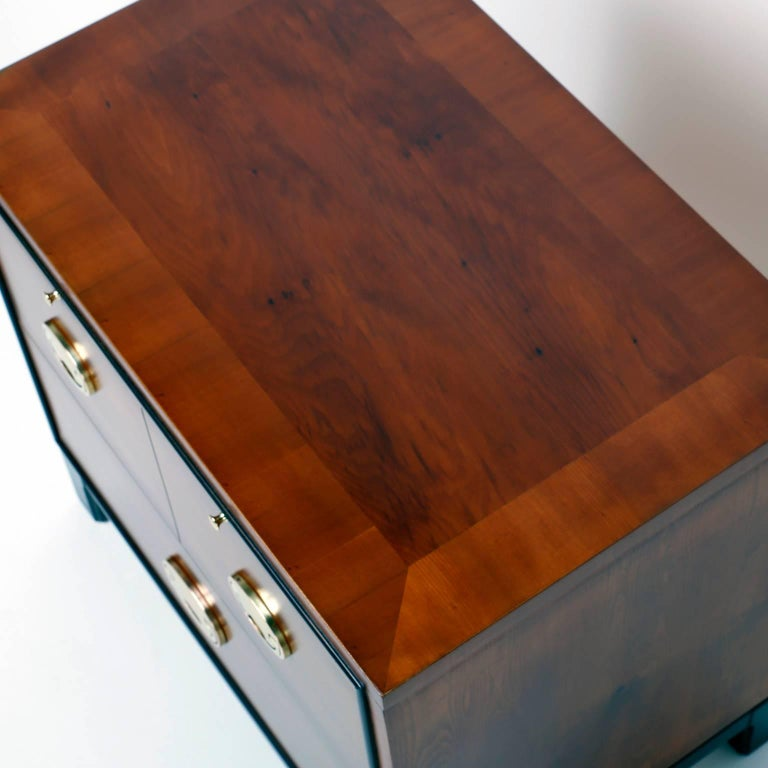Pair of Midcentury Asian Modern Nightstands In Excellent Condition For Sale In Palm Beach, FL