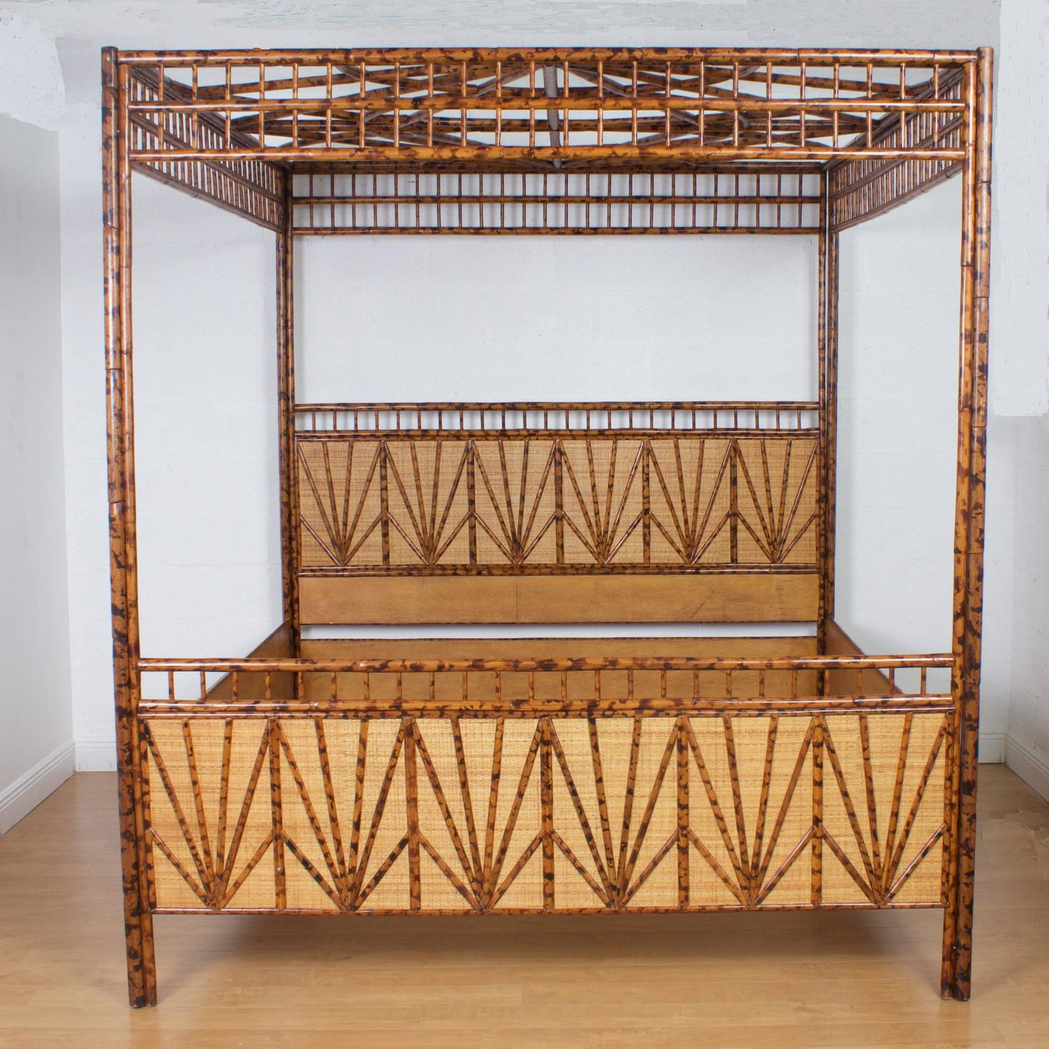 Dramatic king size mid century maitland smith canopy bed for Dramatic beds