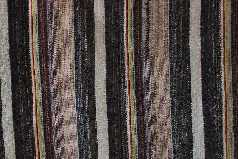 Rustic Flat-Woven Wool Striped Rug 2