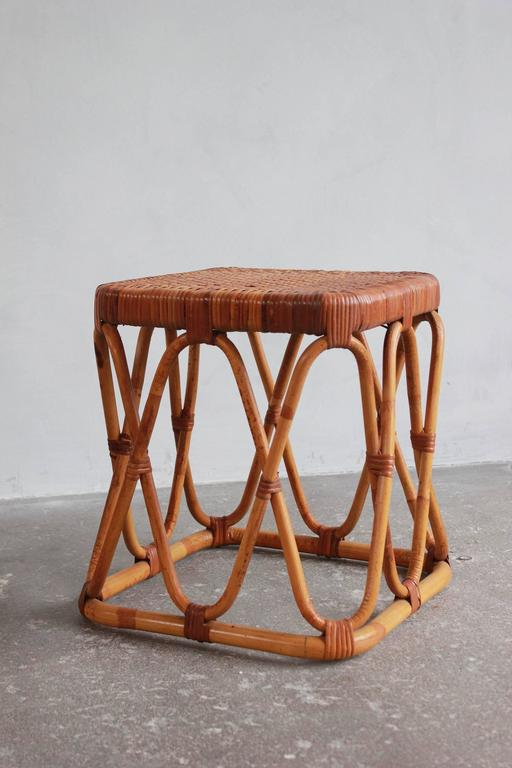 Pair of Square Wicker Nesting Tables For Sale 4