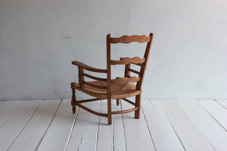 Mid-20th Century Pair of Low French Farmhouse Chairs with Woven Rush Seat For Sale