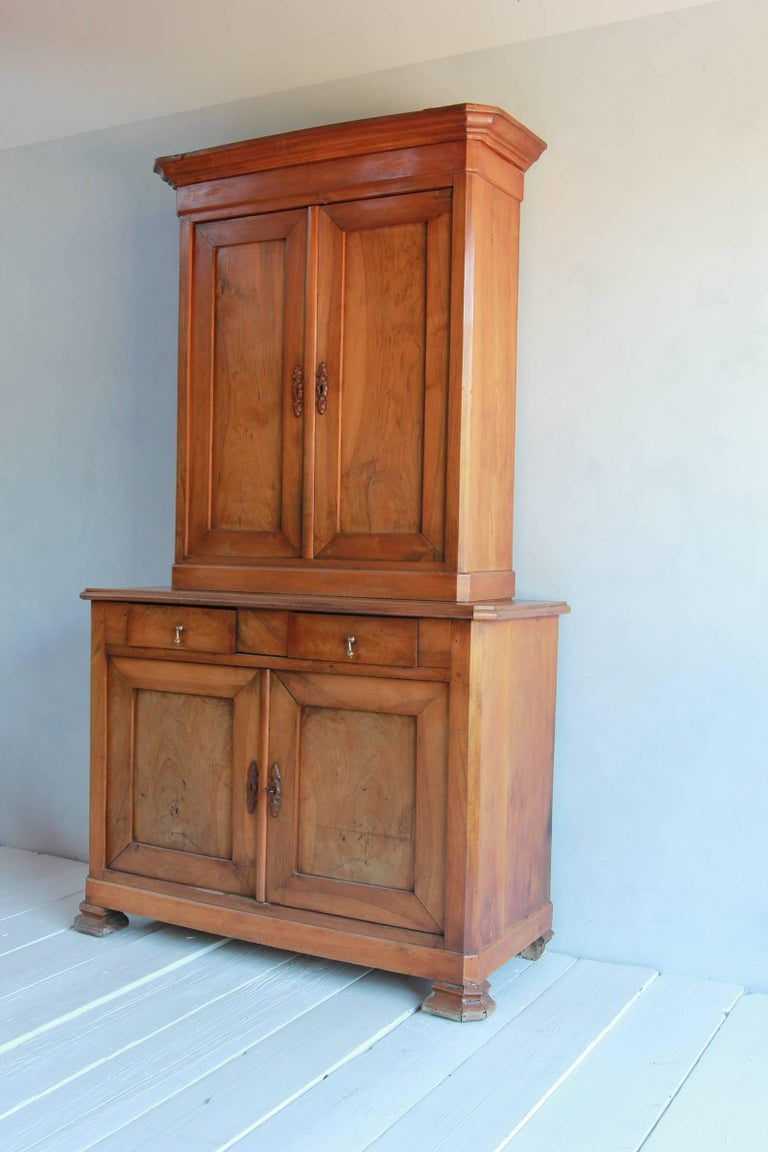 Large Two-Piece Elmwood Linen Press Hutch with Fully Lined Interior In Distressed Condition For Sale In Los Angeles, CA