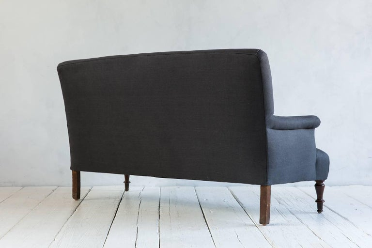 Vintage Settee with Turned Legs Newly Upholstered in Graphite Linen In Excellent Condition For Sale In Los Angeles, CA