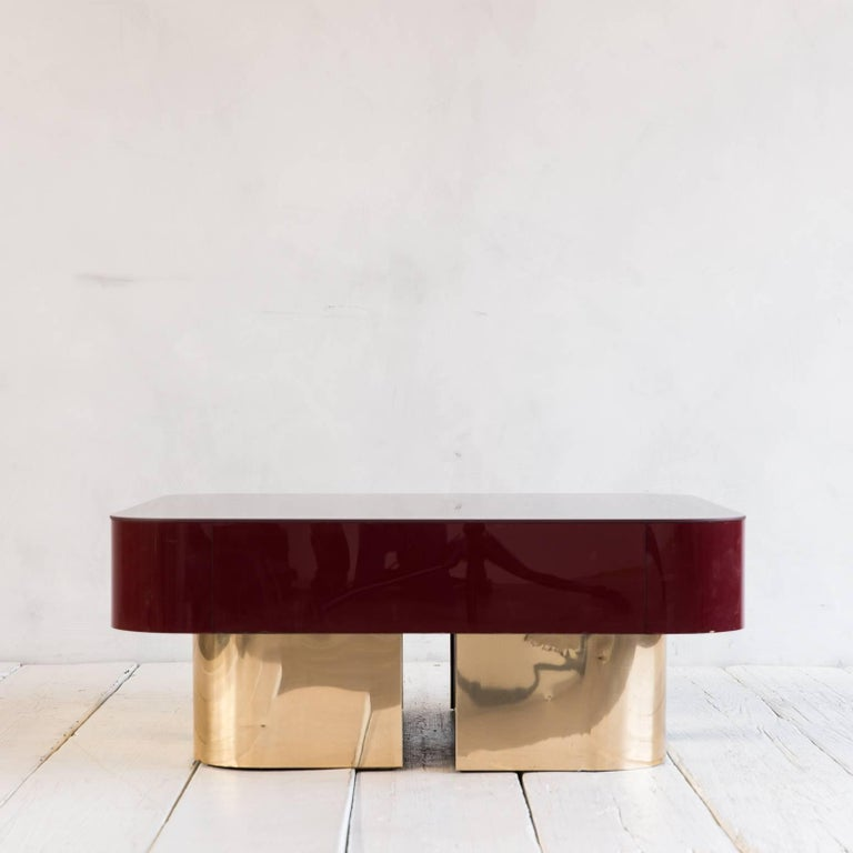 Vintage Lacquered Coffee Table with Brass Recessed Base For Sale 1