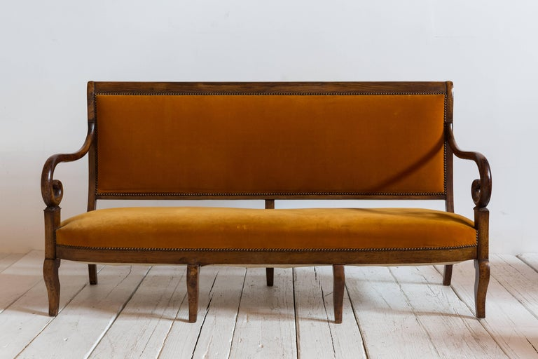 French Mahogany Opened Framed Orange Velvet Settee with Curved Arm Detail For Sale 2
