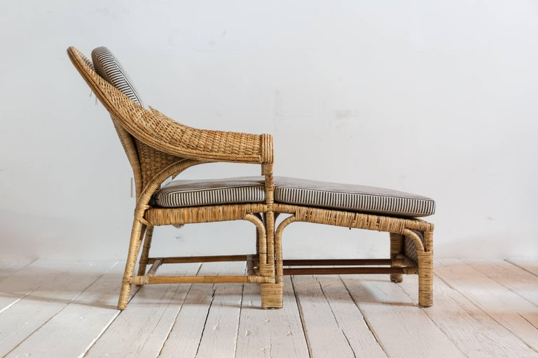Vintage Rattan Chaise Lounge with Upholstered in Black and White Striped Fabric For Sale 1