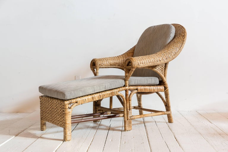 Vintage Rattan Chaise Lounge with Upholstered in Black and White Striped Fabric In Excellent Condition For Sale In Los Angeles, CA
