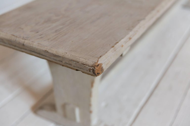 Rustic White Ash Wood Bench In Distressed Condition For Sale In Los Angeles, CA