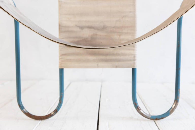 Blue Metal Bauhaus Sling Chair In Distressed Condition For Sale In Los Angeles, CA