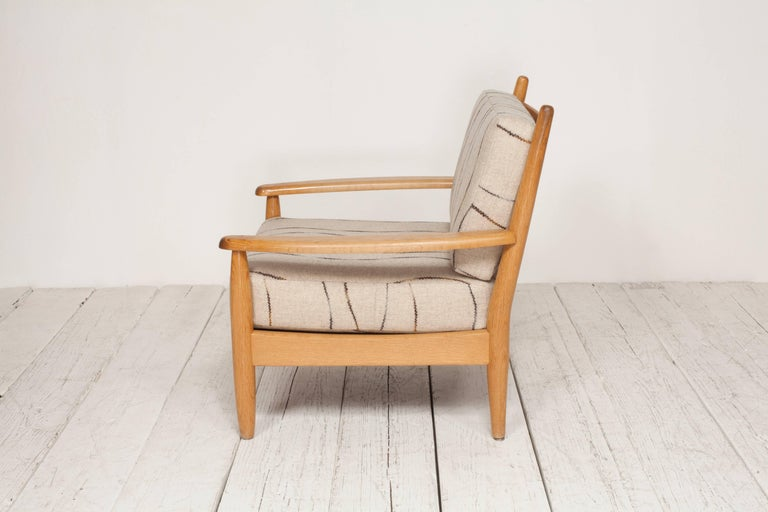 Midcentury Oak Spindle Chair Newly Upholstered in in Grey Wool Fabric For Sale 2