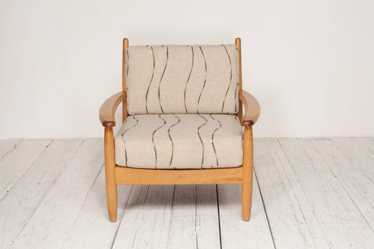 Midcentury Oak Spindle Chair Newly Upholstered in in Grey Wool Fabric For Sale 7