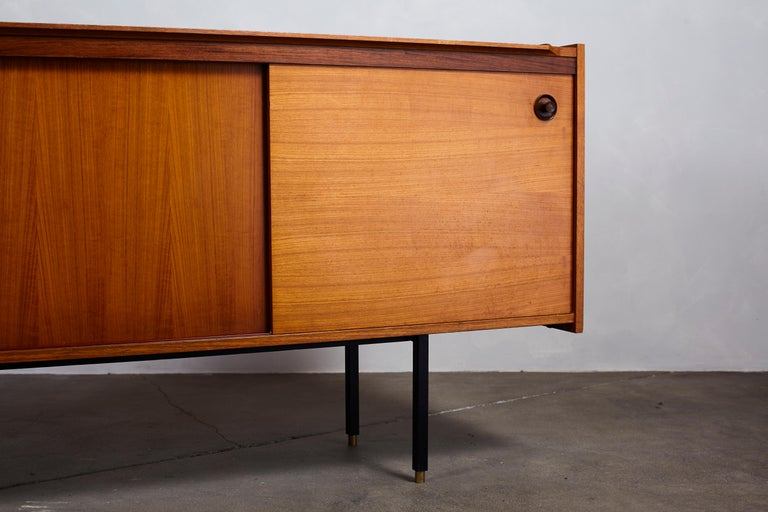 Italian Midcentury Ico Parisi Style Credenza with Four Drawers and Two Doors For Sale 5