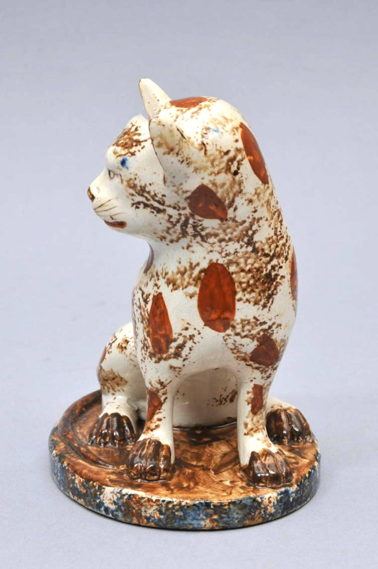 Early Staffordshire Pottery Whimsical Cat, Early 19th Century In Excellent Condition For Sale In Maryknoll, NY