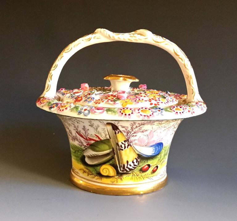 British Chamberlain's Worcester Porcelain Basket and Cover Decorated with Sea Shells For Sale
