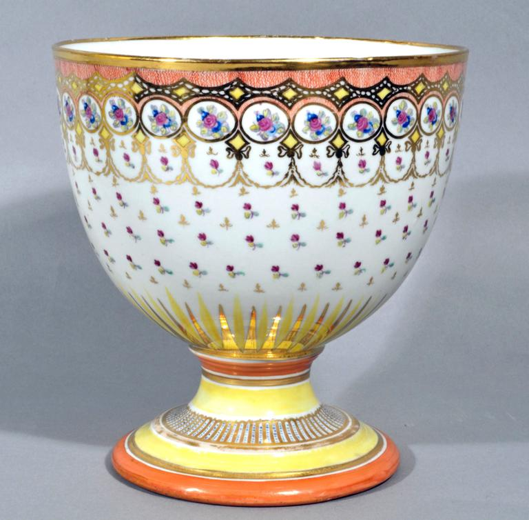 Hand-Painted Chamberlain Worcester Porcelain Neoclassical Goblet, Humphrey Chamberlain. For Sale