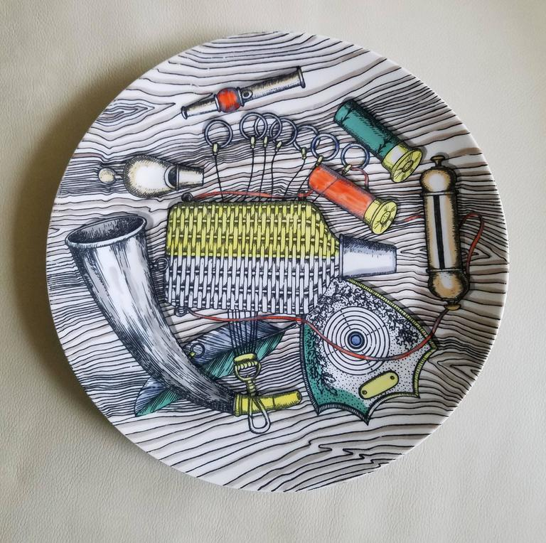 Italian Vintage Piero Fornasetti Porcelain Set of Six Plates with Bird Hunting Objects For Sale