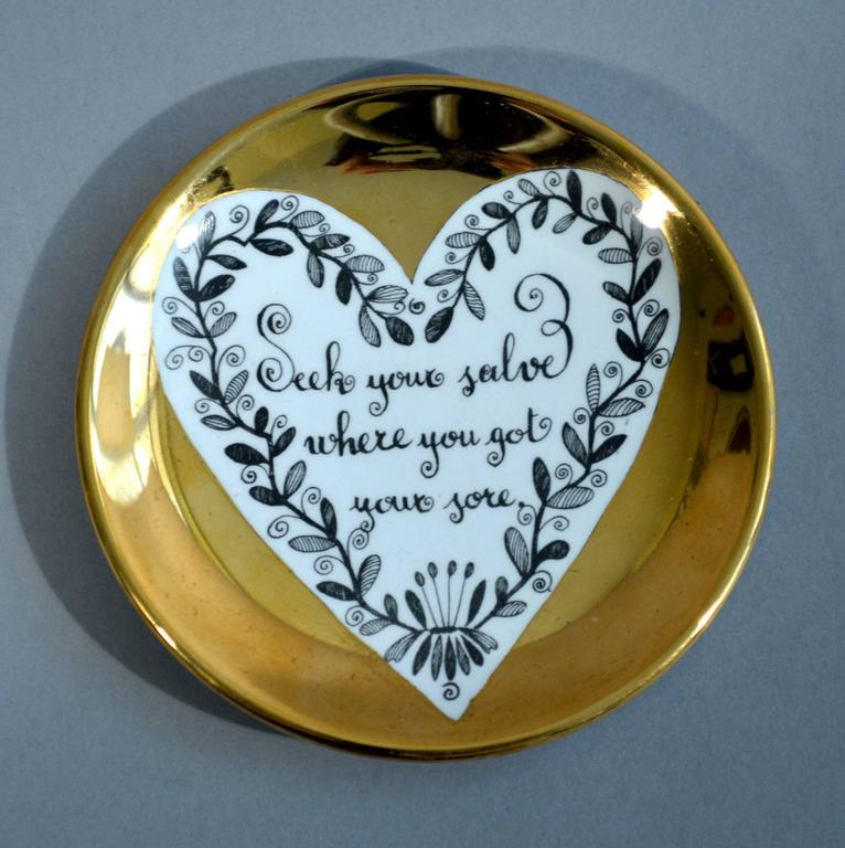 Piero Fornasetti Set of Eight Porcelain Love Coasters, 1960s For Sale 4