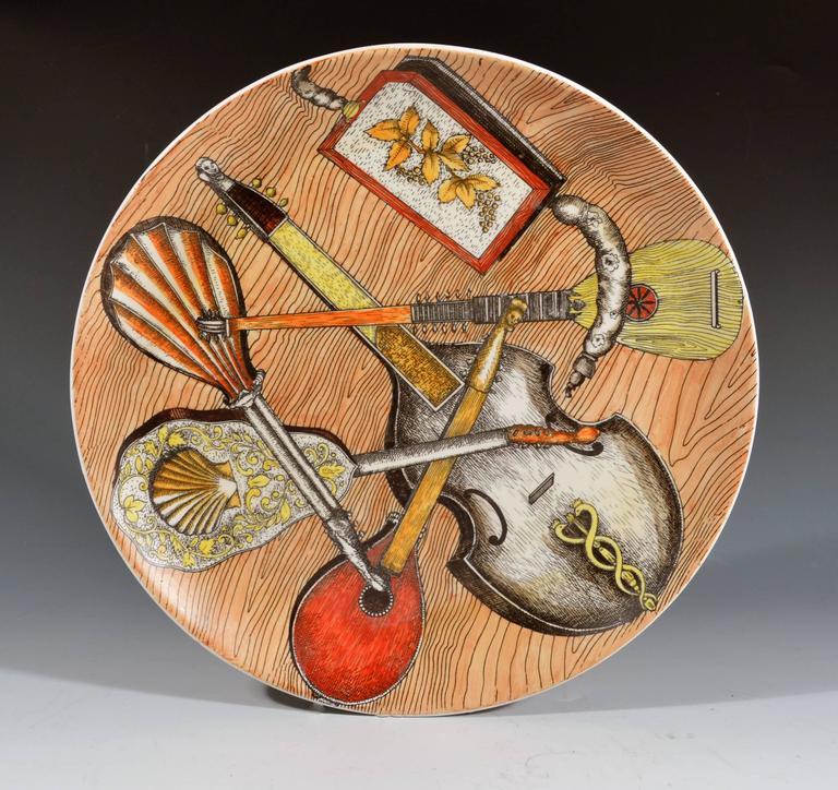 20th Century Piero Fornasetti Set of Six Strumenti Musicali Plates, 1950s-1960s For Sale