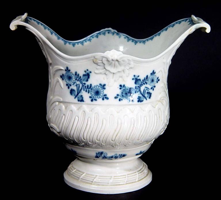 19th Century French Rococo Blue and White Porcelain Wine Cooler For Sale