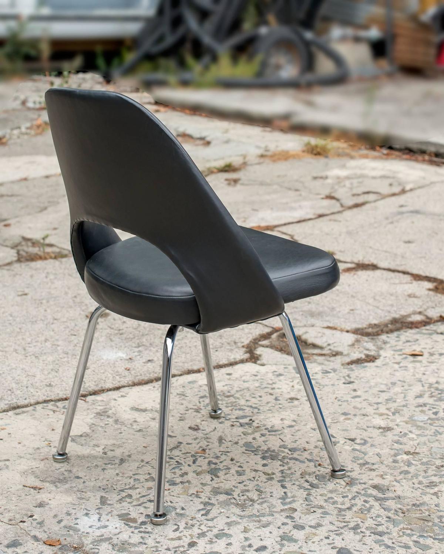 vintage eero saarinen executive side chair for knoll at 1stdibs