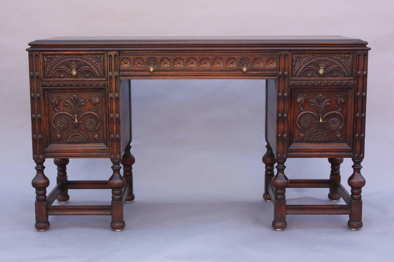 1920s Carved Spanish Revival Desk For Sale at 1stdibs