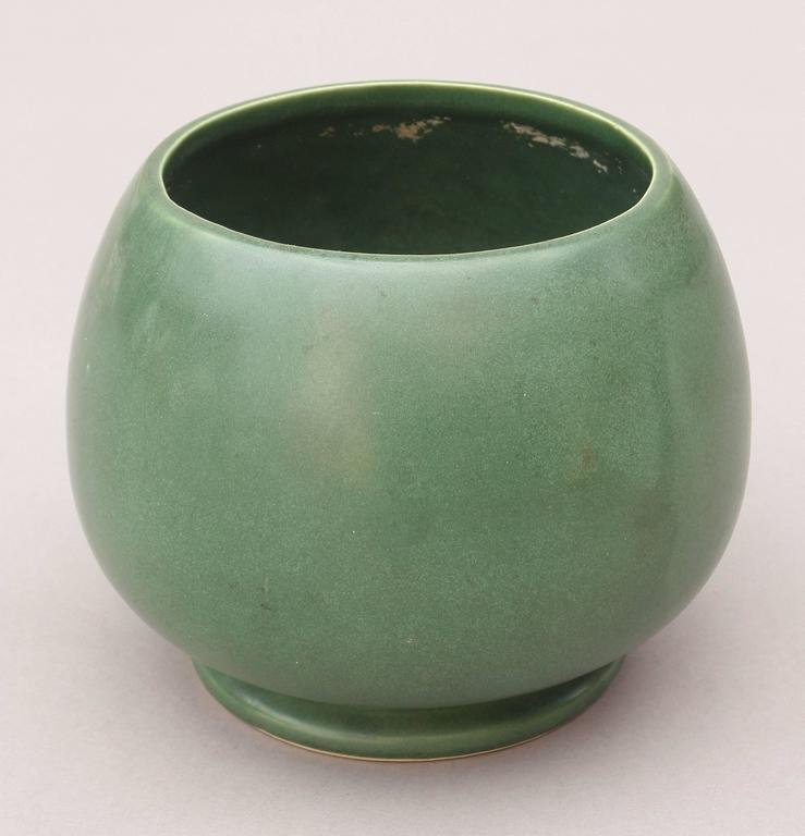 Early 20th Century Mccoy Pottery Vase At 1stdibs