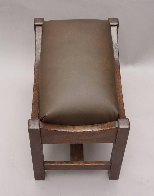 1910 Arts & Crafts Foot Stool or Bench In Good Condition For Sale In Pasadena, CA