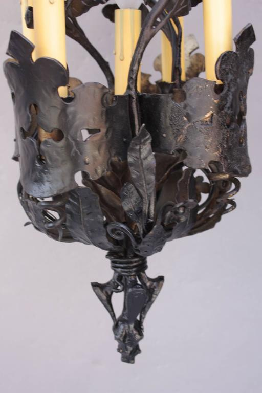 American 1920s Unique Narrow Wrought Iron Chandelier with Five Lights For Sale