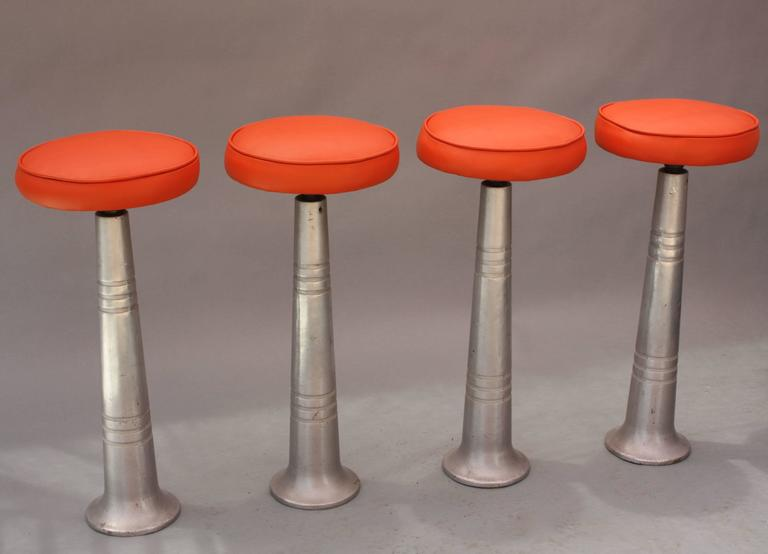 Set of Four Mid-Century Industrial Bar Stools In Good Condition For Sale In Pasadena, CA