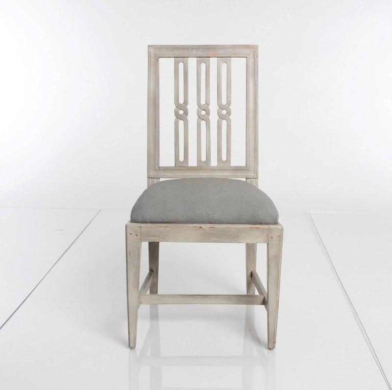 Set of 12 Gustavian Dining Chairs In Excellent Condition For Sale In Stamford, CT