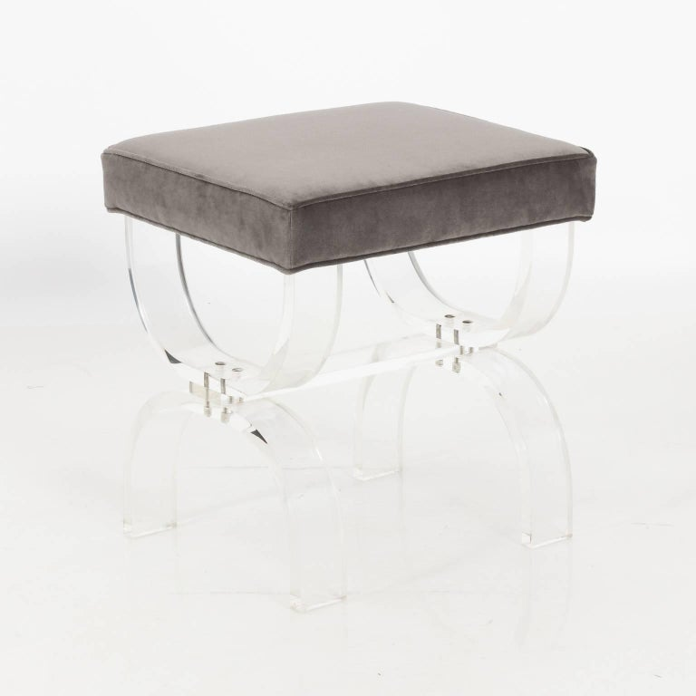 Mid-Century Modern Pair of Lucite Benches by Hill Manufacturing, circa 1970 For Sale