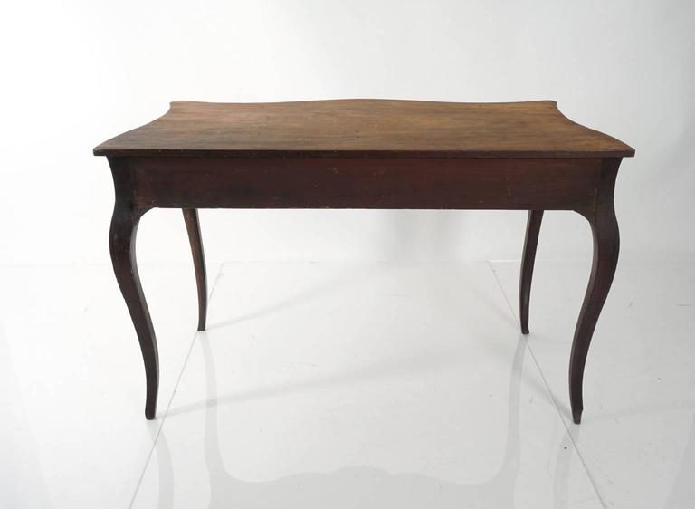 Continental Mahogany Table In Good Condition For Sale In Stamford, CT