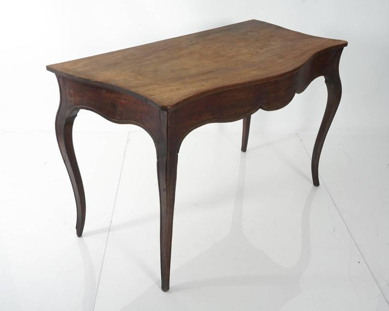 Continental Mahogany Table For Sale 1