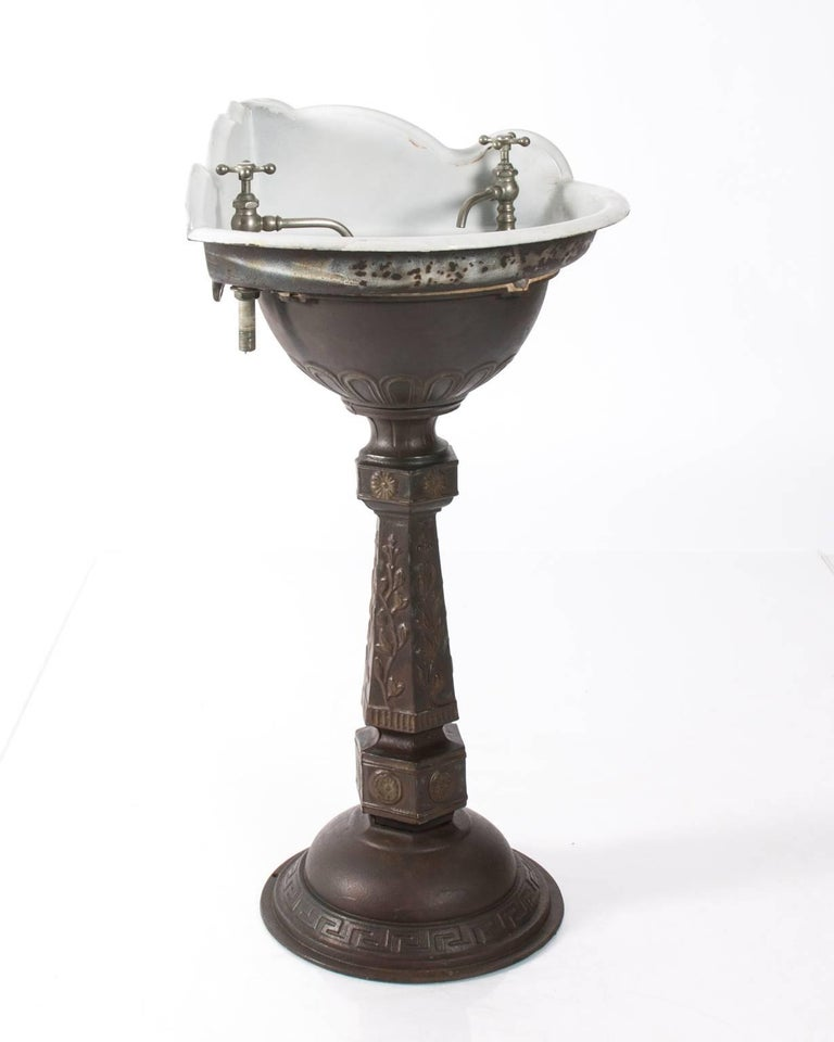 Victorian Cast Iron Corner Sink At 1stdibs