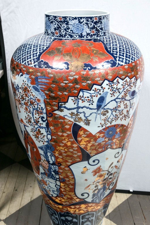 Large Pair Of Imari Style Porcelain Lidded Vases For Sale At 1stdibs