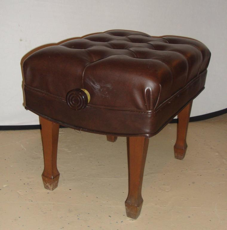 Louis XVI Steinway Adjustable Piano Bench in Leather For Sale