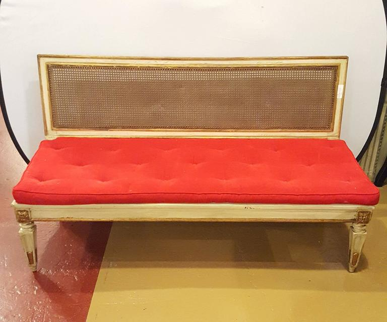 Hollywood Regency Style Paint Decorated and Gilt Gold Louis XVI Style Settee In Good Condition In Stamford, CT