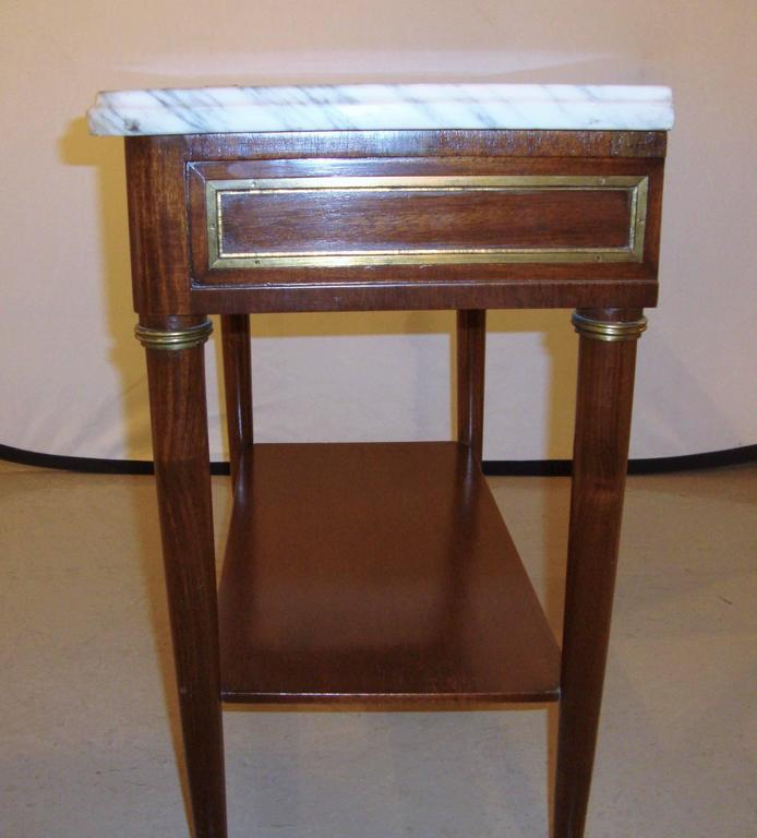 Diminutive Marble-Top Mahogany Stand, End Table in the Manner of Jansen For Sale 1