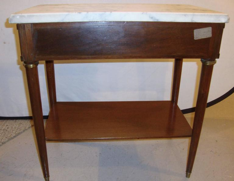 Diminutive Marble-Top Mahogany Stand, End Table in the Manner of Jansen For Sale 4