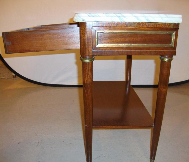 Diminutive Marble-Top Mahogany Stand, End Table in the Manner of Jansen For Sale 3