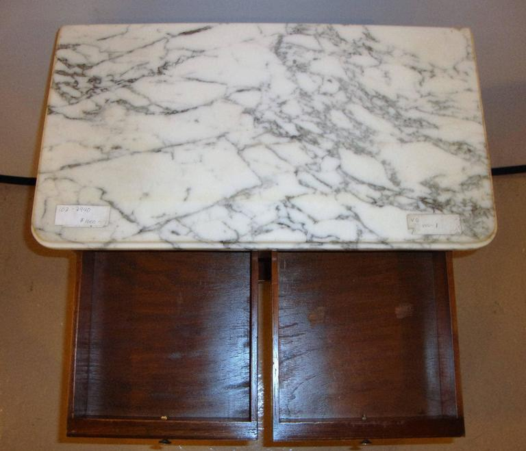 Diminutive Marble-Top Mahogany Stand, End Table in the Manner of Jansen In Good Condition For Sale In Stamford, CT