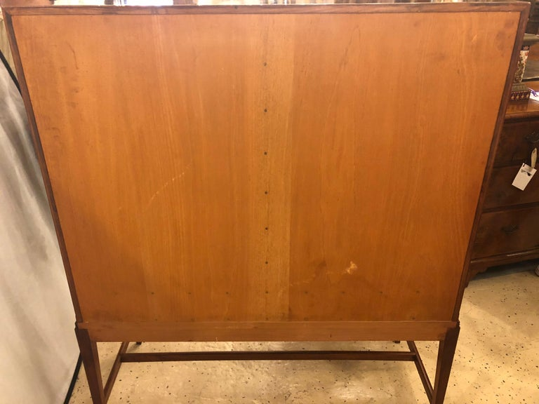 Two-Door over Three-Drawer Mid-Century Modern Brazilian Rosewood Cabinet Chest For Sale 13