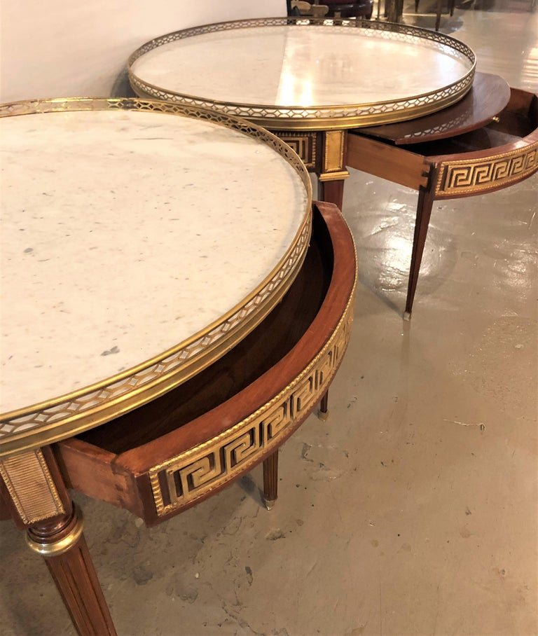 Pair of Marble-Top Greek Key Bouiliotte Tables / End Mahogany Double Drawers For Sale 3