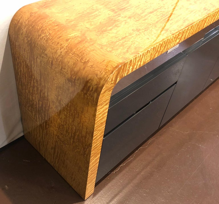 Vladimir Kagan Burl Wood and Lacquered Sideboard or Console with File Cabinets For Sale 1