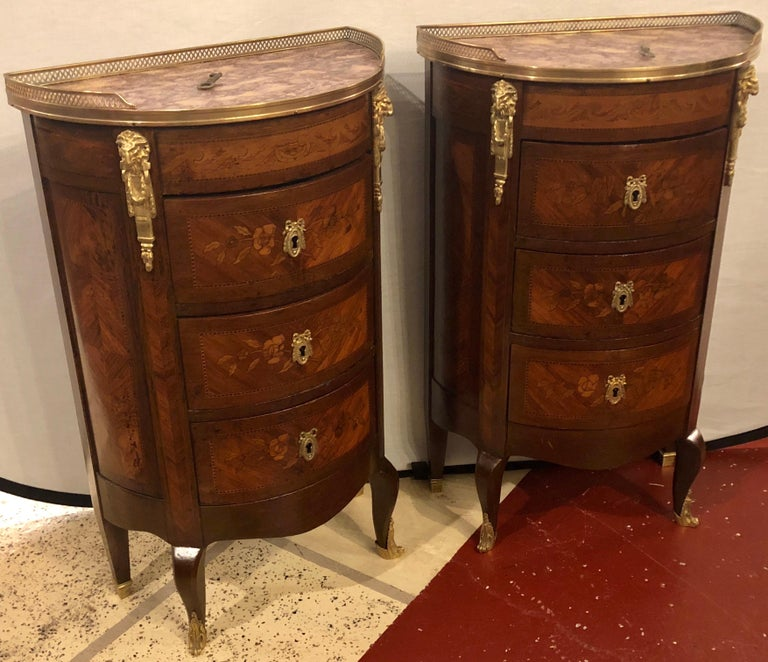 Louis XV Pair of 19th Century Bronze Mounted Demilune End Tables or Nightstands For Sale