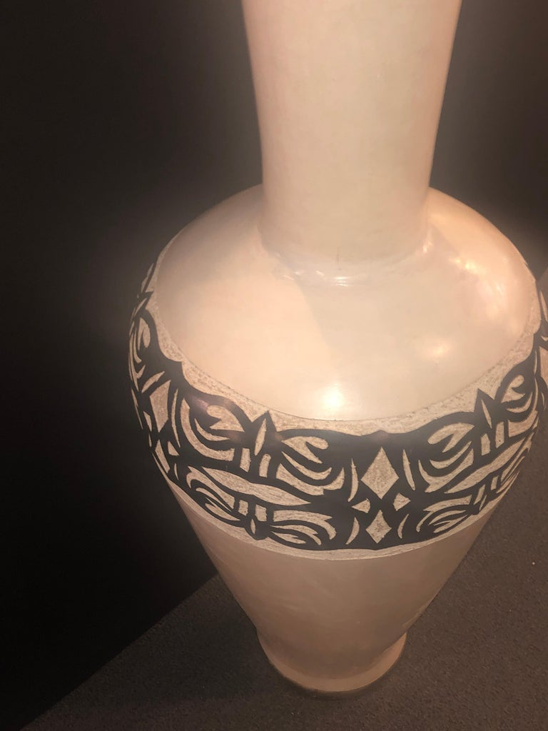 Vintage Moroccan White Pottery Large Urn or Floor Vase Jardinare For Sale 1